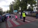 """SPOTKANIE Z POLICJANTEM """"BEZPIECZNA DROGA DO SZKOŁY"""".-13"""